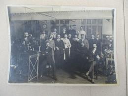 1916 CENTRAL TELEGRAPHIQUE DE PARIS RUE DE GRENELLE 103 NOMBREUX HOMMES DONT M.MANGAIN 18cm/13cm - Lieux