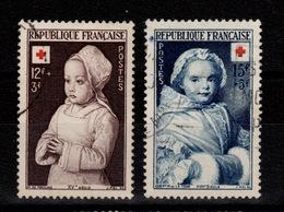 YV 914 & 915 Croix Rouge Oblitérés Cote 8,30 Euros - France
