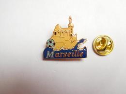 Beau Pin's , Football , OM , Marseille ,  Basilique Notre-Dame De La Garde - Football