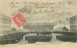 WW 05 BRIANCON. Revue Dans La Cour Caserne Berwick - Briancon