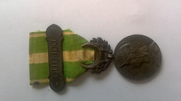 Rare Médaille Du Maroc Agrafe Oudjda - France