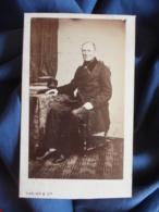 Photo CDV Carjat à Paris - Second Empire, Notable Assis, Circa 1865 L448 - Foto