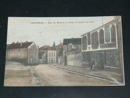 CRESPIERES  / ARDT  Saint-Germain-en-Laye   / 1910 /    VUE  RUE ANIMEE     ....   / CIRC /  EDITION - Other Municipalities