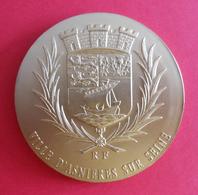 Médaille En Métal Jaune - Département Des Hauts De Seine - Ville D'Asnières Sur Seine - Professionnels / De Société