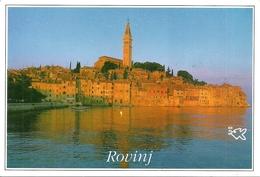 Rovinj, Rovigno (Croazia, Ex Jugoslavia) Panorama Dal Mare Al Tramonto, View From The Sea At Sunset - Croatie