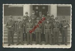 Allemagne. Photo.Trupp 2 Der Arbeitzdienst Abt. 2/225 Nidda Oberhesse. Militaires, Croix Gammée. à Identifier. 2 Scans. - Deutschland