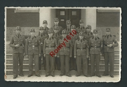Allemagne. Photo.Trupp 2 Der Arbeitzdienst Abt. 2/225 Nidda Oberhesse. Militaires, Croix Gammée. à Identifier. 2 Scans. - Other
