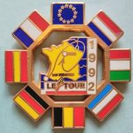 Pin's CYCLISME - LE TOUR DE FRANCE 1992 - SAINT SEBASTIEN/PARIS - Cycling