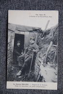 Militaria : Guerre 1914 -18 : Région De La SOMME, Dans Les Tranchées, Un Poste Téléphonique. - Guerre 1914-18