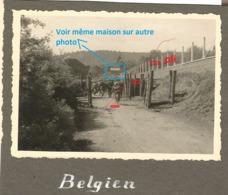 WW2 2x PHOTO ORIGINALE Soldat Allemand Passage FRONTIERE BELGIQUE BELGIË / FRANCE ? 1940 Mais Où Précisément ?? - 1939-45