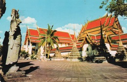 GIANT,GUARDING THE ETERECE OF WAT PHO. IN BANGKOK - Tailandia