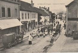 CPA 88 (Vosges) LE  THILLOT / CEREMONIE RELIGIEUSE / TOP ANIMATION - Le Thillot