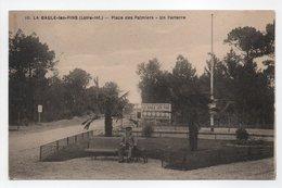 - CPA LA BAULE-LES-PINS (44) - Place Des Palmiers - Un Parterre - Edition Chapeau N° 10 - - La Baule-Escoublac