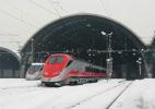 36 FS Treni E 404 Serie ETR 500 Frecciarossa Tpaívo Railroad Train Railways Zug Treno Chemin De Fer Milano Centrale Neve - Stazioni Con Treni