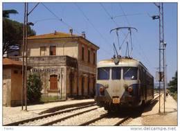 51 FS Treni FCU E 110 San Martino In Campo Torgiano (PG) Tpaívo Raliroad Train Railways Zug Treno Steam Chemin De Fer - Stazioni Con Treni