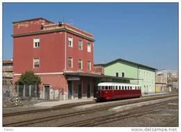 63 Treni FCE AL 56.06 Adrano Catania Tpaívo Railroad Trein Railways Zug Treno Steam Chemin De Fer Fiat - Stazioni Con Treni