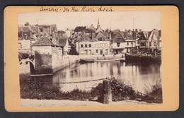 France CDV Photo 56 Morbihan, Bretagne - AURAY,  Vieille Ville Au Port, Front De Mer,   Photographe, Carliery ? - Oud (voor 1900)
