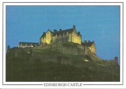 Edinburgh (Midlothian, Scozia, UK) The Castle By Night, Le Chateau La Nuit, Der Schloss Bei Nacht - Midlothian/ Edinburgh