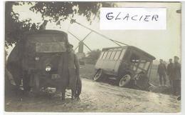 Carte Photo - Militaires 1914-18 - Dépannage Camion Croix-Rouge - Moulin - Soldats Allemand - Cortemark? - Non Classés