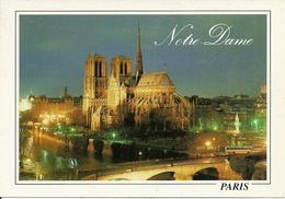 Paris (Parigi, Francia) Notre Dame, Vue Panoramique La Nuit, Panorama Notturno, View By NIght - Notre Dame De Paris