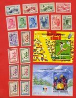 Lot De 18 Timbres 2 Blocs MONDE Neufs - Stamps