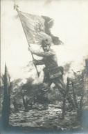 CPA ROUMANIE ROUMANIA Militaire Avec Drapeau - Roumanie