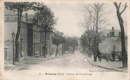 59 Avesnes Avenue Du Pont Rouge  Cpa Carte Animée - Avesnes Sur Helpe
