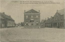 BELGIQUE - ICHTEGHEM - De Marktplaats Met Gemeentehuis - Ichtegem