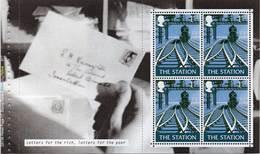GREAT BRITAIN 2004 Letters By Night Prestige Booklet Pane 2392a - Markenheftchen