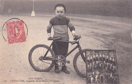 CPA (84) AVIGNON LEPOUTRE Gagnant De La Course D' Enfants Cycliste Sport Vélo Bicyclette Radsport (2 Scans) - Avignon