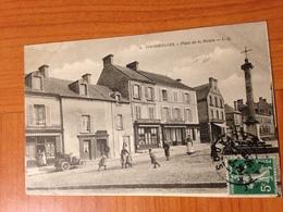 COURSEULLES SUR MER - Place De La Mairie ( Port à Ma Charge ) - Courseulles-sur-Mer