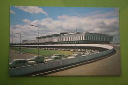 RUSSIA. LENINGRAD - ST.PETERBURG. PULKOVO International Airport  - . 1973 - Taxi Car - Taxi & Carrozzelle