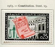 Algérie - Algerien - Algeria 1963 Y&T N°381 - Michel N°410 *** - 25c Constitution - Algeria (1962-...)