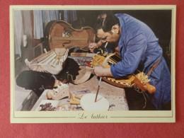 Cp Les Métiers D'Antan , 4 , Le Luthier  (065) - Autres