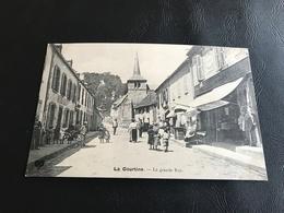 LA COURTINE La Grande Rue - La Courtine