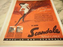 ANCIENNE PUBLICITE PRESSION UNIFORME SCANDALE  1956 - Vintage Clothes & Linen