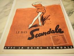 ANCIENNE PUBLICITE LE BAS SCANDALE  1956 - Vintage Clothes & Linen