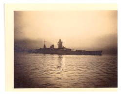 BATEAU DE GUERRE EN MER    PHOTO SEPIA - Boats