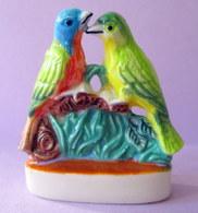 """Fève Brillante  - """"Deux Oiseaux S'aimaient D'amour Tendre"""" - Couple De Perruches - Animals"""