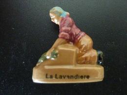 """FEVE - FEVES -  """"LES METIERS ANTIQUES""""  - LA LAVANDIERE - Charms"""