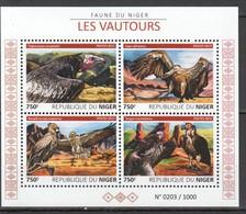 ST2008 2015 NIGER FAUNA BIRDS VAUTOURS 1KB MNH - Arends & Roofvogels