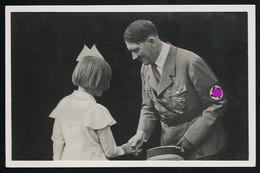 AK/CP Propaganda  Hitler  Und Die Jugend Nazi   Ungel/uncirc.1933-45   Erhaltung/Cond. 1-/2  Nr. 00820 - Guerra 1939-45