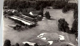 [01] Ain > Divonne Les Bains : Golf  : Tennis - Divonne Les Bains