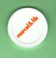 1 Jeton De Caddie *** MARCEL & FILS *** NEUF *** (0310) - Trolley Token/Shopping Trolley Chip