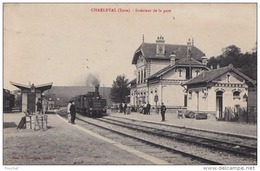 IS17- 27) CHARLEVAL (EURE) INTERIEUR DE LA GARE  - (ANIMÉE - TRAIN - 2 SCANS) - France