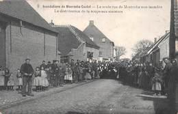 Inondations à Moerzeke Castel - La Distribution De La Soupe Aux Sinistrés - Hamme