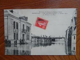"""Très Belle CPA Animée:  """"DIENVILLE - Les Inondations 21.01.1910 - La Mairie Et Le Pont""""   ELD   Cachets 1909 Et 1910! - France"""