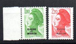 2 Sellos Saint Pierre Et Miquelon - St.Pedro Y Miquelon