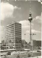 W3482 Berlin - Haus Des Lehrers Und Fernseh Und UKW Turm Der Deutschen Post - Auto Cars Voitures / Viaggiata 1977 - Mitte