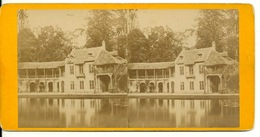 PHOTO STEREOTYPE SUR SUPPORT CARTON / VERSAILLES - MAISON DU BAILLY - Anciennes (Av. 1900)